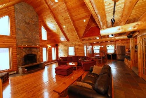 Vermont ski house - Sunshine Suites