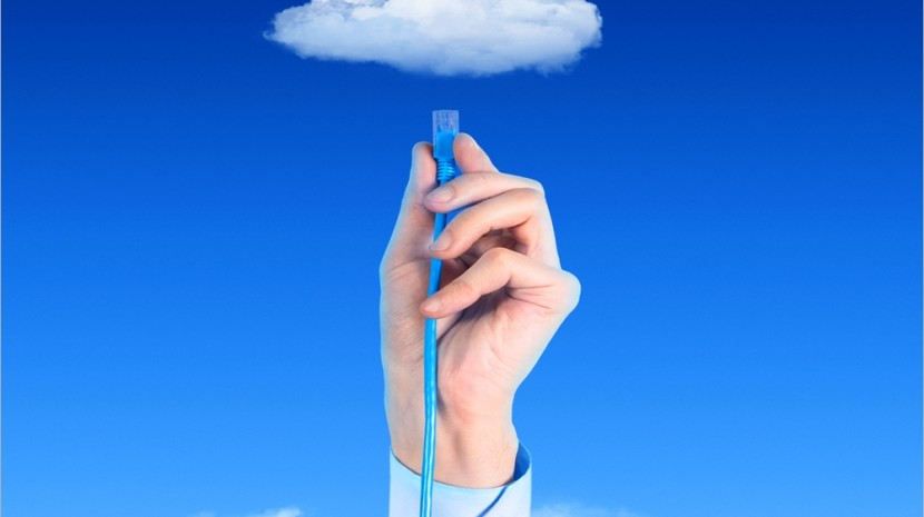 How a Cloud Phone System Helps Small Businesses Scale for Growth