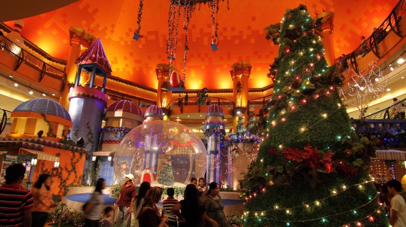 holiday retail marketing plans