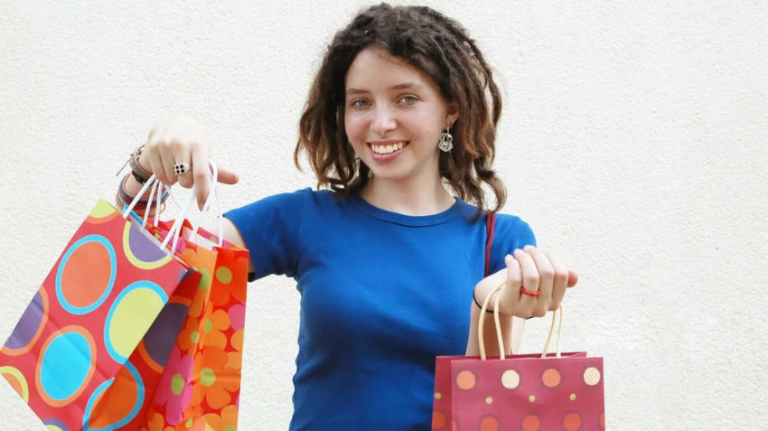8 Ways to Profit From the Post-Holiday Retail Rush