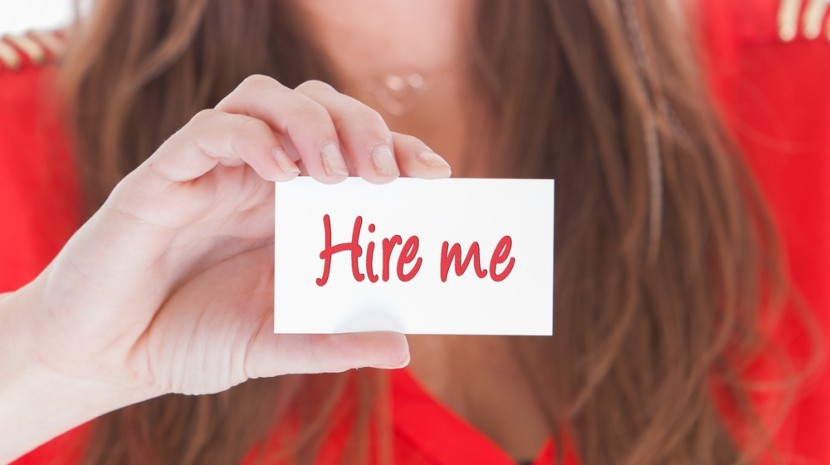 how to stand out when job hunting