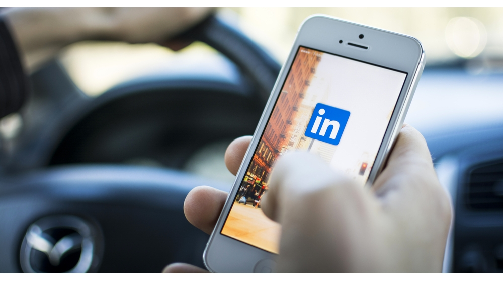 How Small Businesses Can Leverage Linkedin