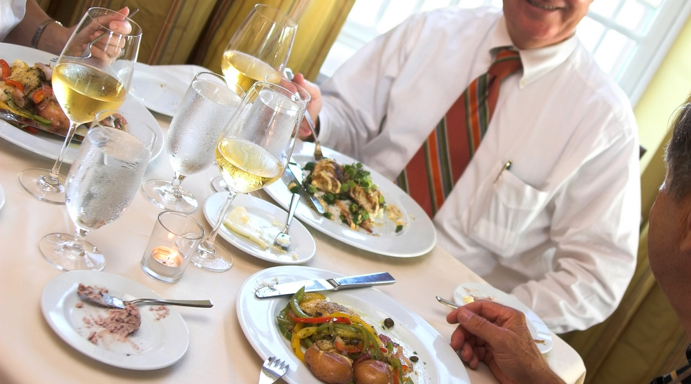 Don T Make These Rookie Business Dining Etiquette Mistakes