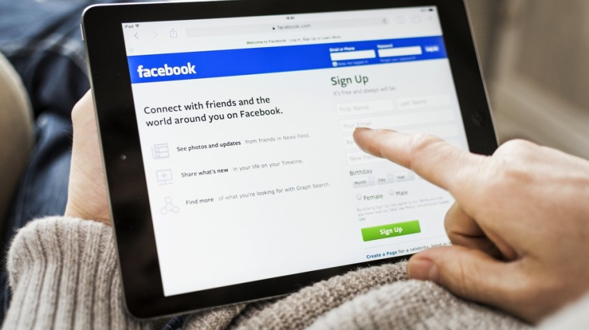 how small businesses use facebook