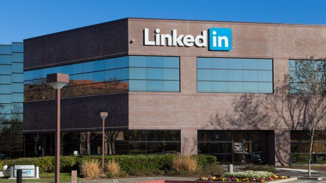 linkedin can be sued