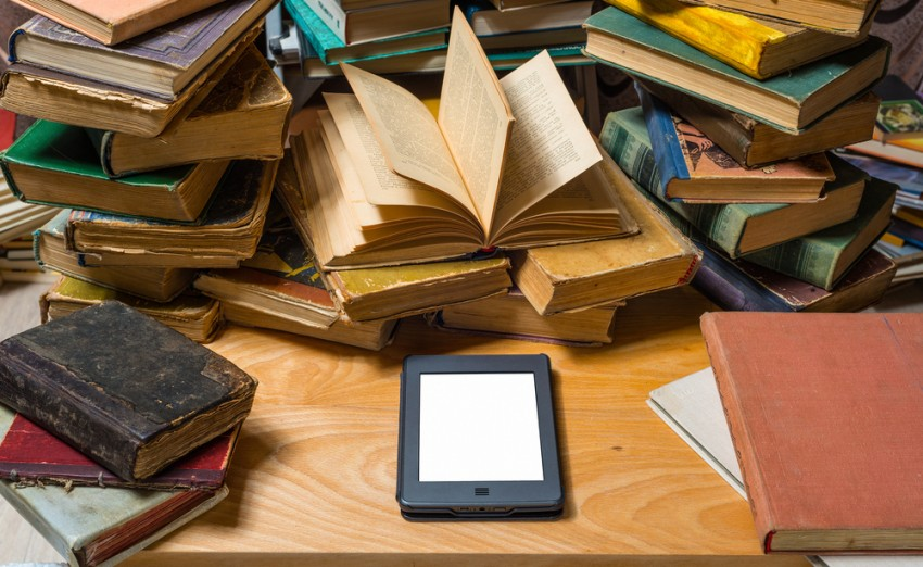 ebooks vs print books; Amazon vs Hachette