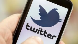 tweeting public relations