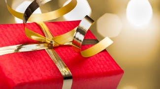 when to give business gifts