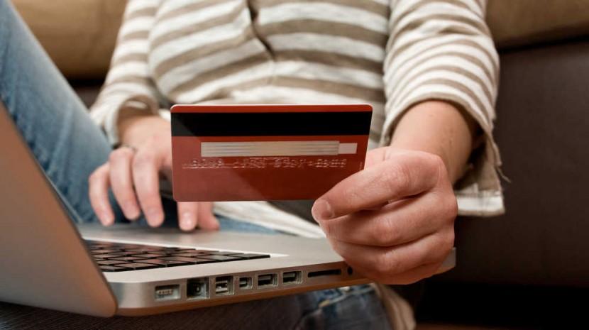 turn web visitors into customers