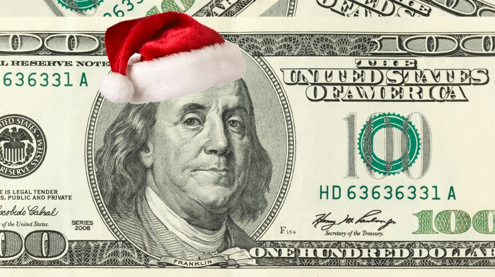 7 Really Simple Strategies for Saving Money During the Holidays