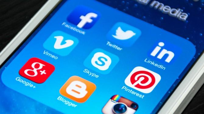 010515 social media