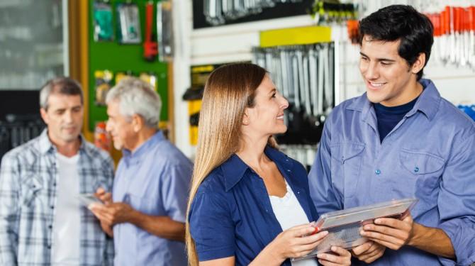 012615 hardware store customers