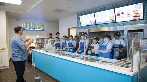 cream ice cream sandwich