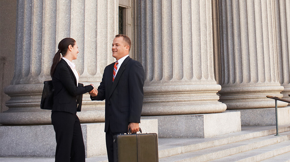 4 Steps to Finding a Small Business Lawyer
