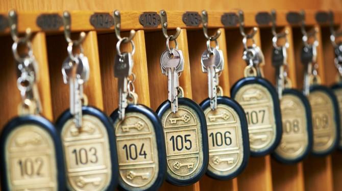 033015 hotel room keys