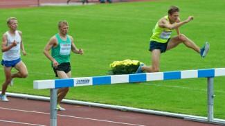 040615 track meet