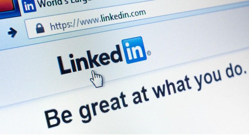 linkedin job feature