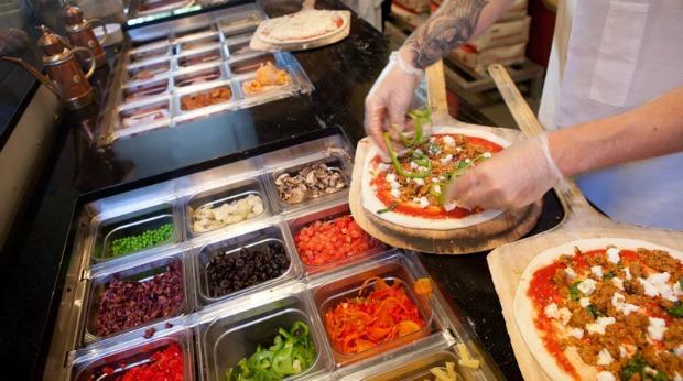 pizza-assembly