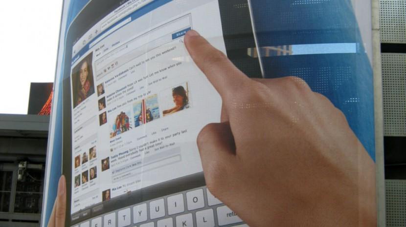 facebook ipad ad