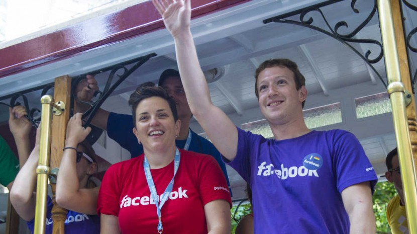 Facebook Video Surges, Wix Launches CRM Tools