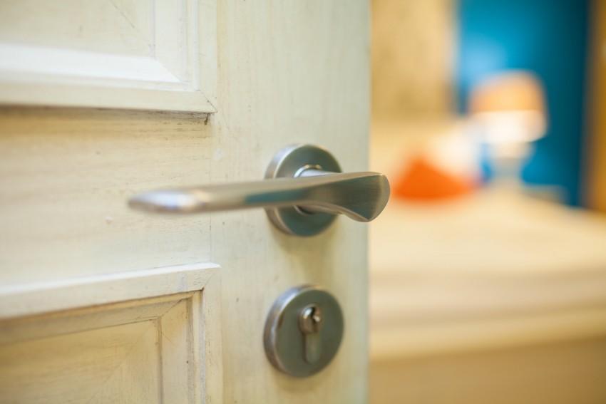 closed-door policy