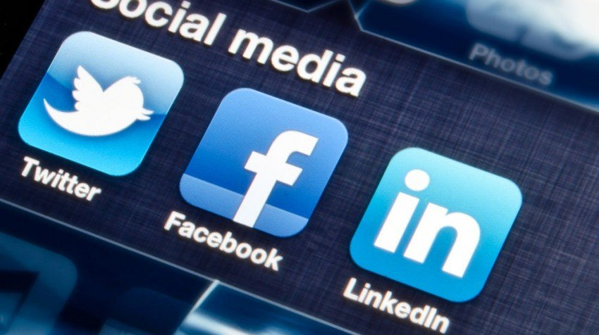 using social media to find employees