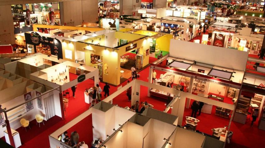 effective trade show exhibit
