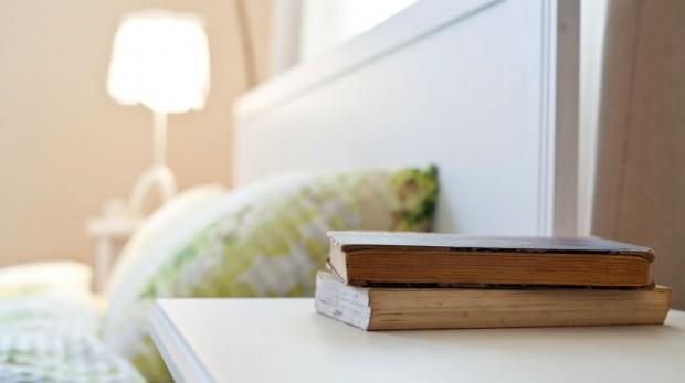 books nightstand