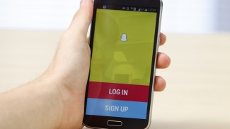 snapchat hits 6 billion