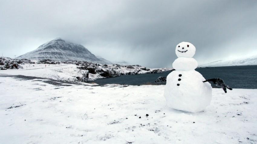 iceland snowman