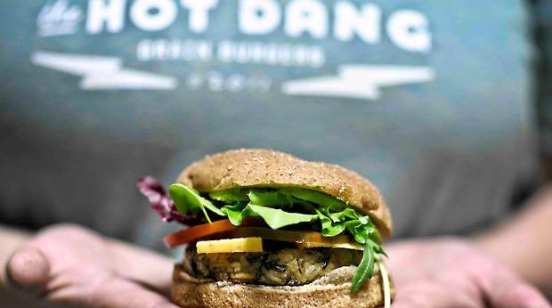 hot dang meatless veggie grain burger