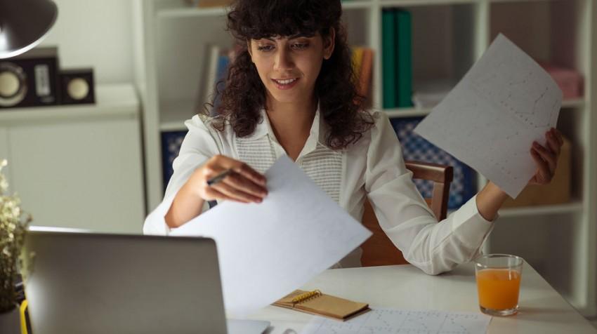solopreneur at desk