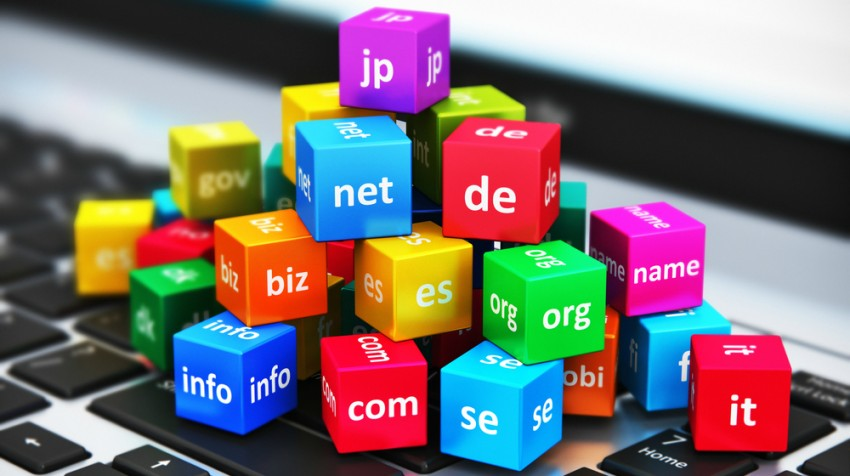 New Domain Options, Tweetable Business Cards Make Headlines