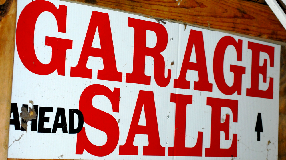 14 Yard and Garage Sale Tips for Success