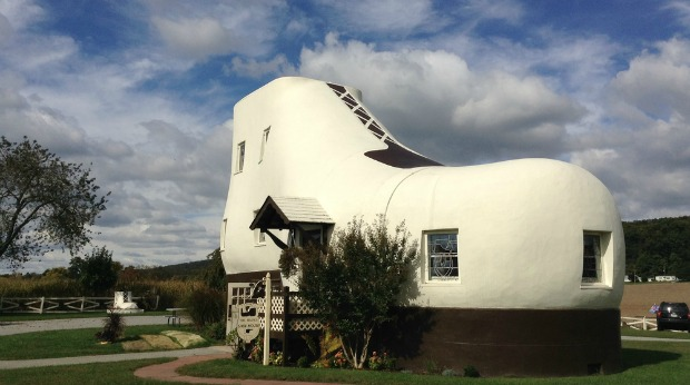 Most Unique Roadside Attraction Businesses in the U.S. - Haines Shoe House