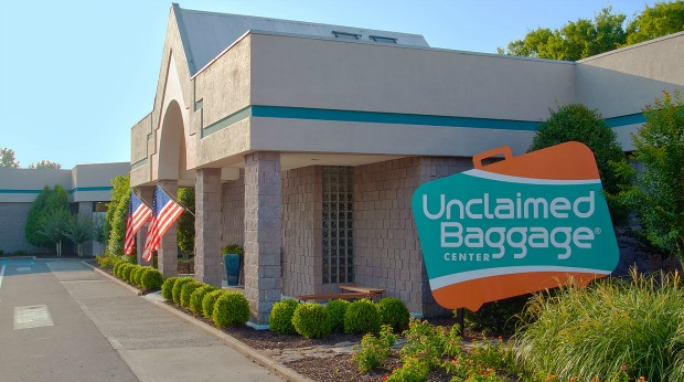 Most Unique Roadside Attraction Businesses in the U.S. - Unclaimed Baggage Center
