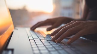 10 Important Reasons to Work Seriously On Your Small Business Blog