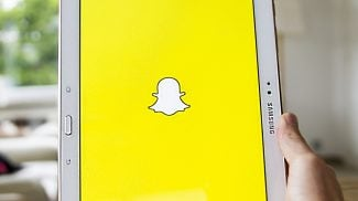 Is This New Snapchat Behavioral Targeting Ad Feature Cool -- or Creepy? (Watch)