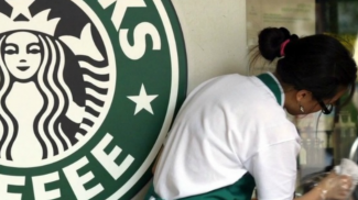 Starbucks Demonstrates Importance of Happy Employees (WATCH)