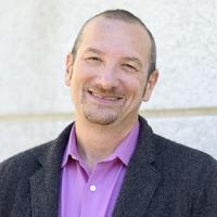 Esteban Kolsky of ThinkJar: Customer Service Will Not Exist in 10 Years Thanks to Customer Community