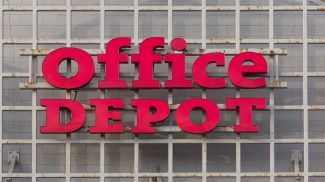 How Does Closing 300 Office Depot Stores Demonstrate the Need to Run an Agile Organization?