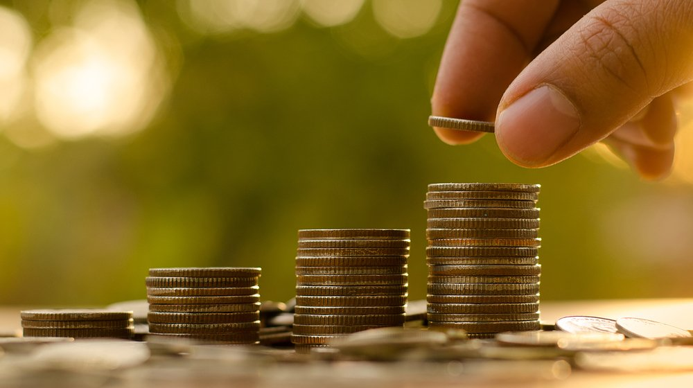savings-ideas-small-business/ Of the 90 percent of startups that fail, money is the root of the problem. Stay out of that trap with these cost savings ideas for your small business.
