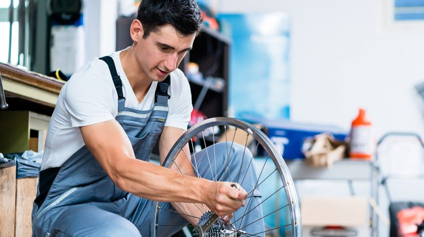 50 Business Ideas for Introverts - Bicycle Mechanic