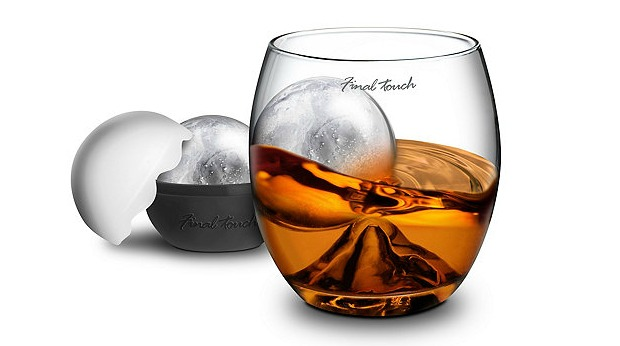 20 Best Business Gifts Under 25 Dollars for 2016 - Whiskey Glass and Ice Ball