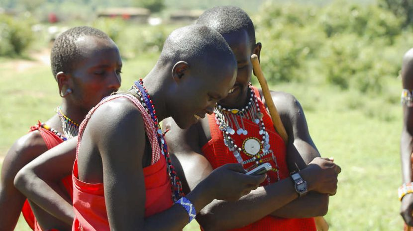 young-mobile-users-in-kenya