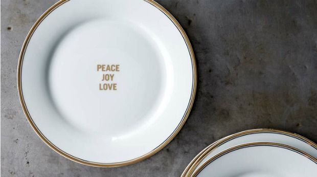 Holiday Gift Ideas for Employees - Holiday Plates