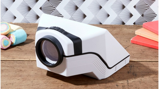 Holiday Gift Ideas for Employees - Smartphone Projector