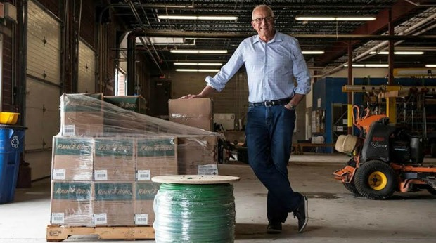 Spotlight: FreightorGator Helps Small Business Get Cheap Freight Shipping Rates