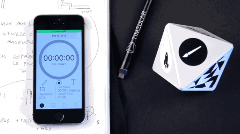The ZEI Time Tracker is a Wireless Eight Sided Device That Makes Time Tracking Fun