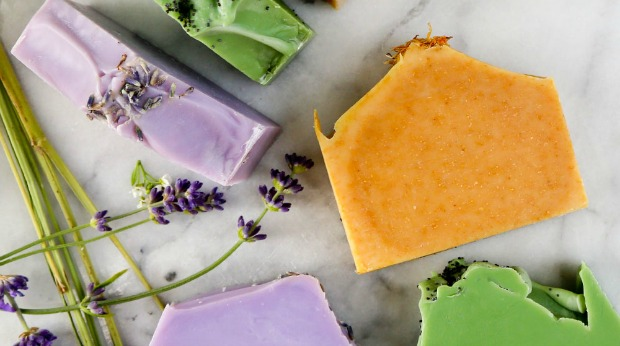 Food and Craft Gift Ideas for the Holidays - Soap Making Kit